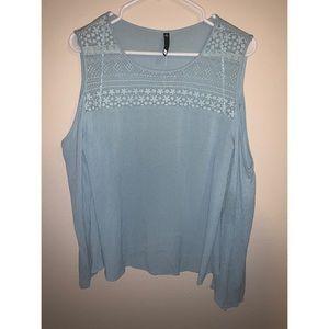 Worthingting light blue cold shoulder blouse